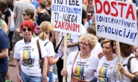 Tisuće ljudi u Povorci ponosa: Došli i Ostojić, Pusić, Severina